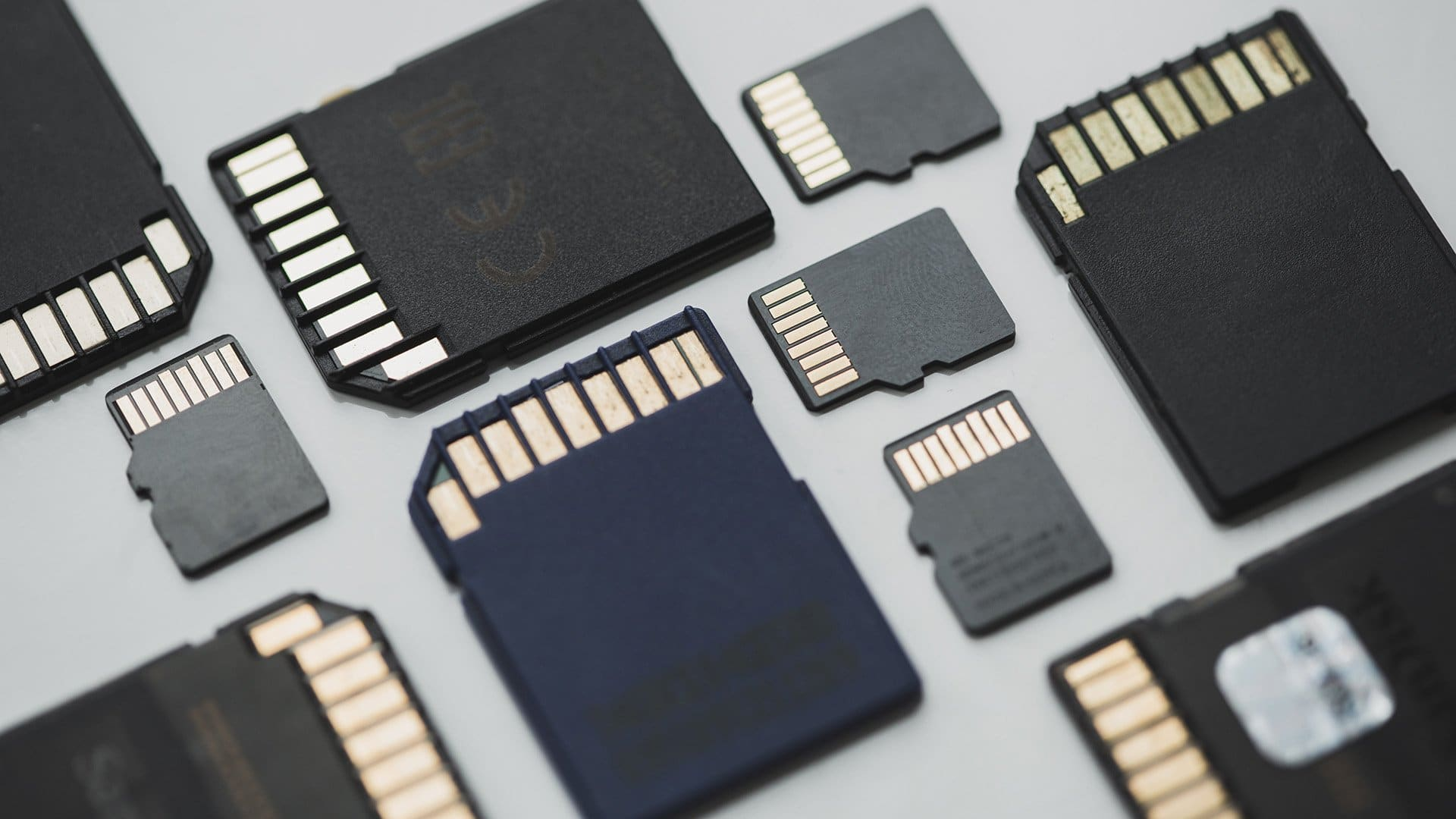 7 Most Common Signs of SD Card Corruption